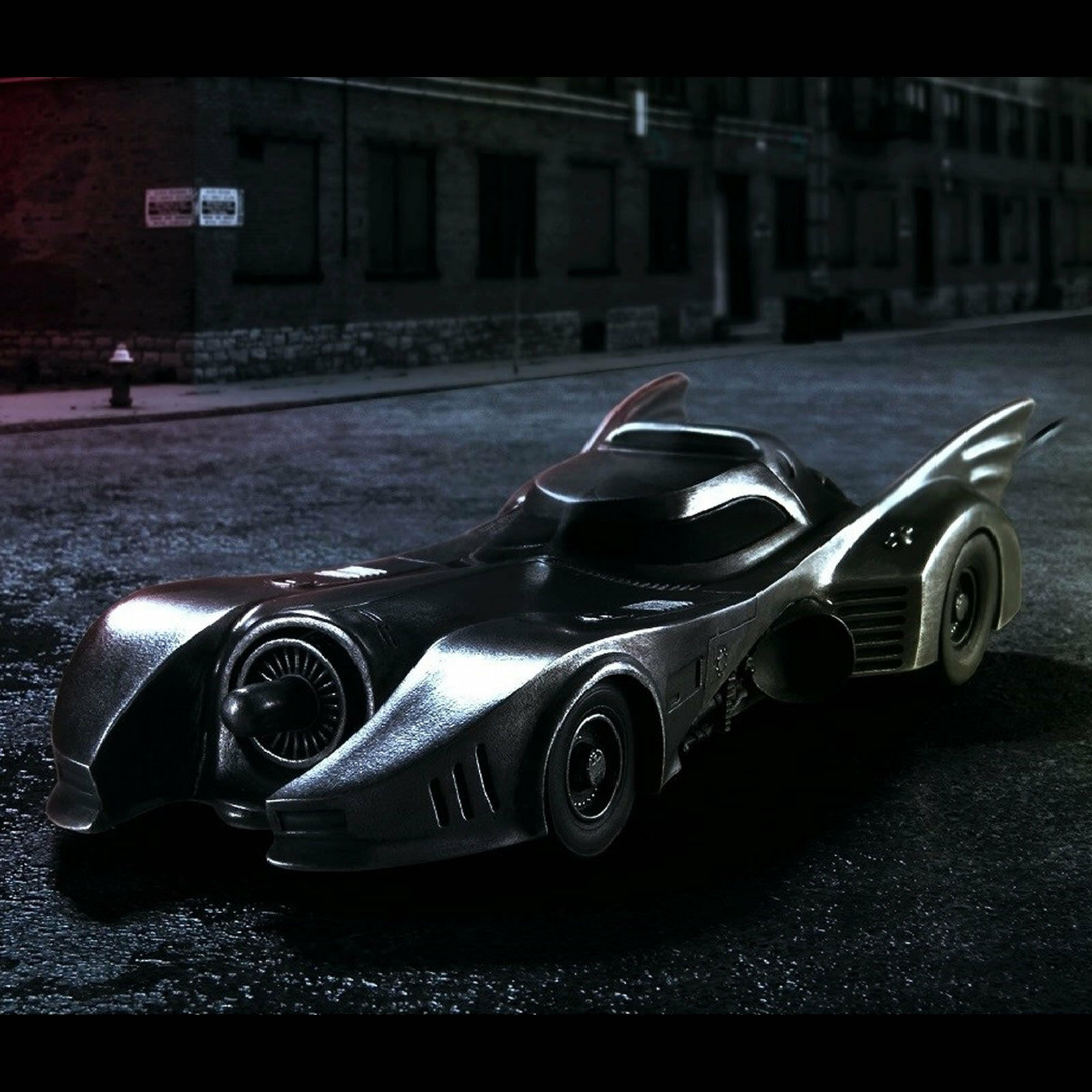 DC Comics Pewter Batuomo Batmobile Vehicle - Licensed by  Royal Selangor  più sconto