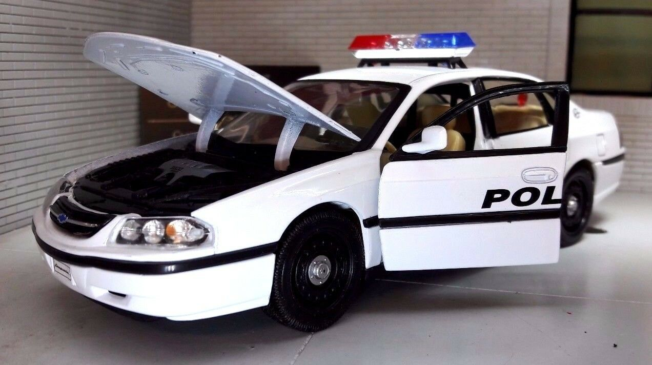 1 26 24 Scale Chevrolet Impala Highway Police Patrol USA Welly Model Car 22416