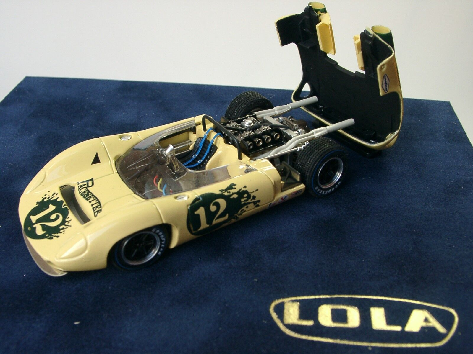 FLY Lola t70 Spyder, #12, McCluskey, 1967-stand modello 1/43 METAL