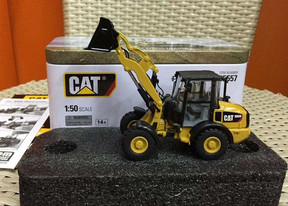 Caterpillar Cat 906M Wheel Loader 1 50 Scale Model By Diecast Masters DM85557