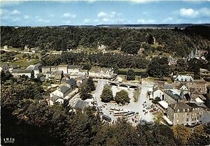 BG4896-durbuy-s-ourthe-la-plus-petite-ville-du-monde-belgium