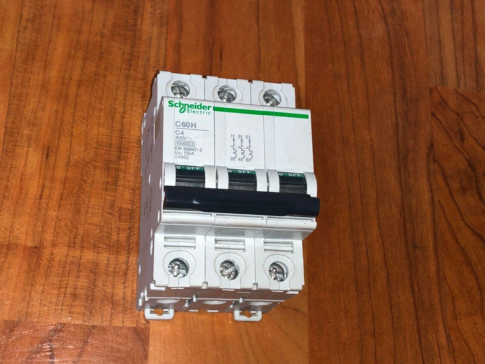 Disjoncteur Schneider C60H C4  4A  4  Amperes 15KA , 24599 TRIPHASE 3 poles 3P