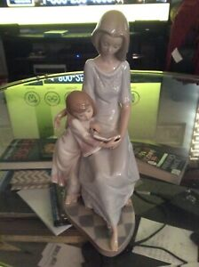 LLADRO MOM AND CHILD ***$640 RETAIL @lladro.com MOTHERS DAY GIFT