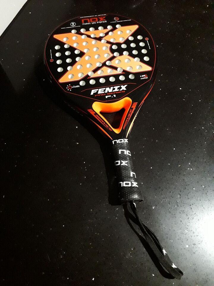 Tennisketsjer, Nox Fenix