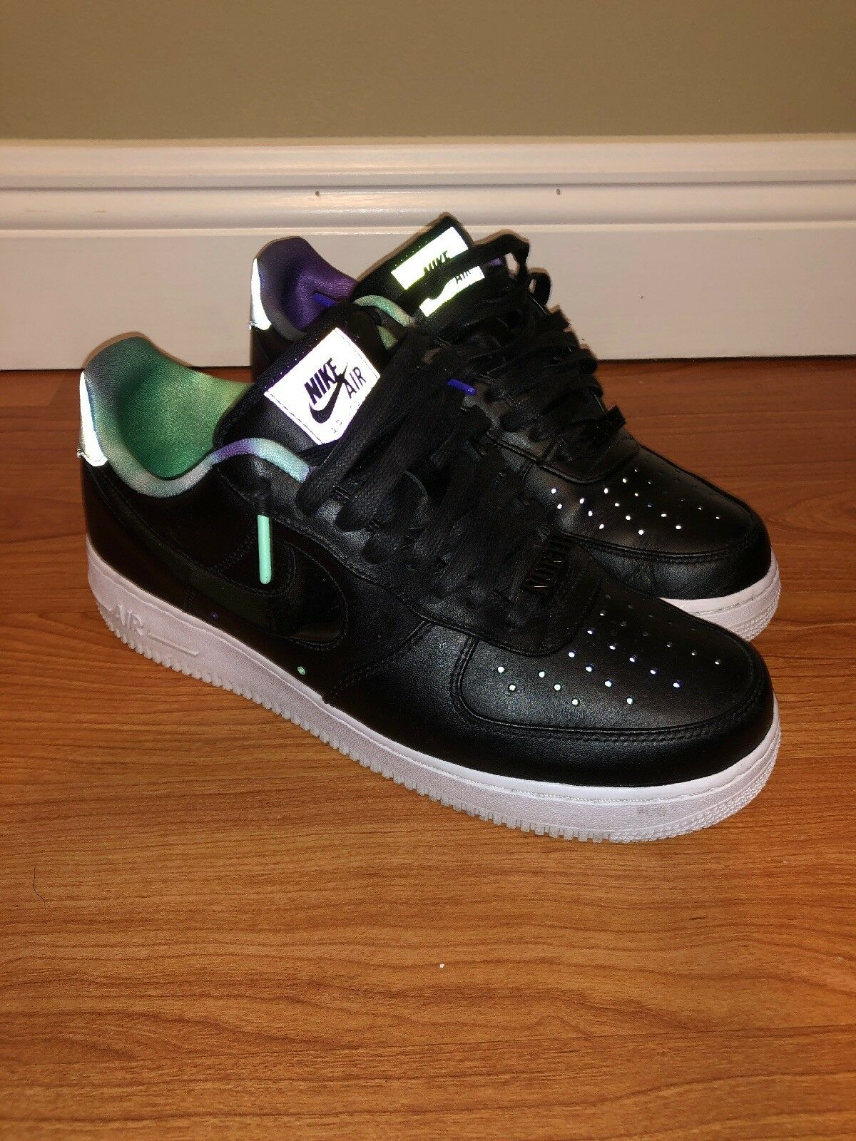 Nike Air force 1 '07 lv8 as qs northern lights size 9.5 mens black Great Cond