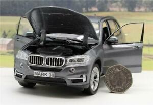PERSONALISED-PLATE-GIFT-Diecast-Grey-BMW-X5-1-24-Model-Boy-Dad-Present-Boxed-New