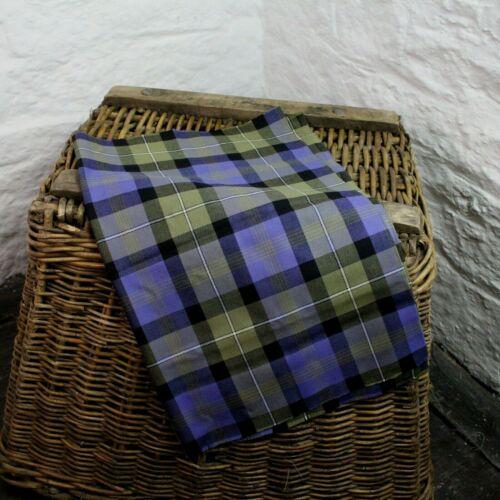 Scottish Rennie 75CM x 56CM 100/% Wool Worsted Fine 11oz Tartan Remnant UK Made