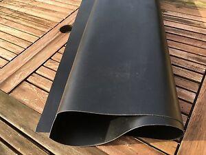 TISSU NOIR PVC 1100 DECITEX POUR PNEUMATIQUE 50 x 50 CM
