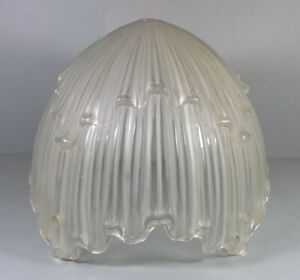 Dicke-ART-DECO-Pressglas-Lampenschale-Frankreich-30er-J-m-4-Loechern-Nr-47