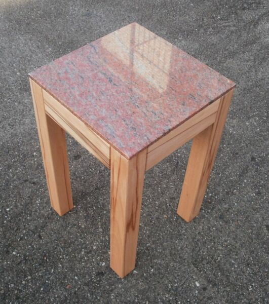 Premuroso Tavolino, Fiori Sgabello Nucleo Faggio Massiccio + Granito .30 X 30 X 45cm Alta.