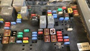 2010-2013 Chevy Silverado fuse box control module 20978812_01