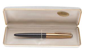 Vis-Minor-rare-Made-in-Italy-1960-black-fountain-pen-14k-gold-nib-new-in-box