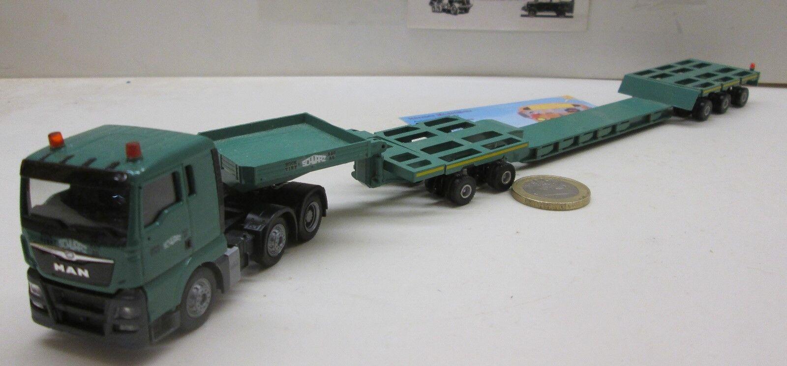 SW0608   MAN TGX XL, Tiefladesattelzug mit mit mit Baggerbett   Schwarz Bau    (48) db5c57