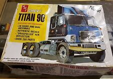 AMT 1:25 Chevy Titan 90 Truck Tractor 603 Model