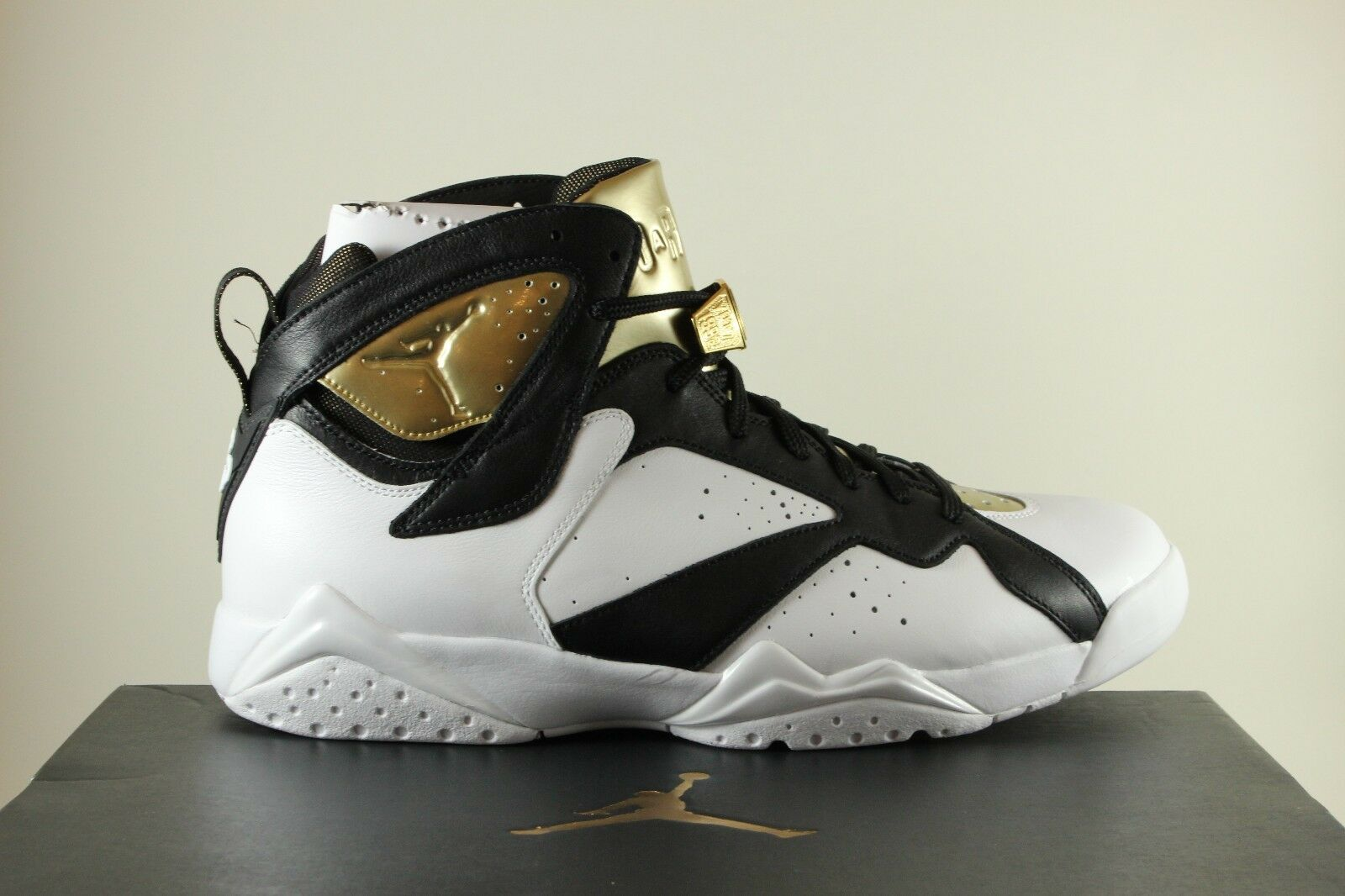 Air Jordan 7 Retro C&C Champagne 100% Authentic Uomo Size 11 Deadstock DS Champ