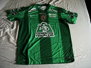 Team Pachuca Mens Official Soccer Jersey Nike Green Attack 2014 Size ... ee812cb880cc1