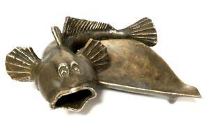 Soviet-Vintage-Ashtray-Bronze-Fish-Metall-casting-USSR-NIMOR