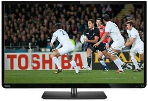 """TV LED TOSHIBA 32E2533 - 32"""" POLLICI  - 100Hz - x2 HDMI - DVB"""
