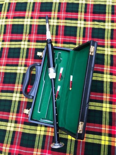 Scottish Highland Two Tone Bagpipe Practice chanter With Box /& 3 Plastic Reeds