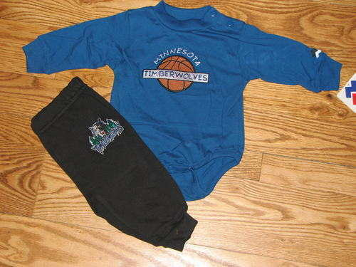 NEW Baby Minnesota Timberwolves Bodysuit Shirt Pants Size 6//9M 6//9 Mo Boys Girls