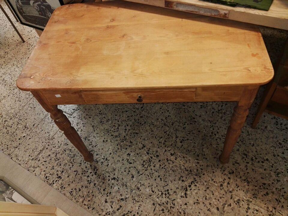 Andre borde, Træ bord, 49 78 65