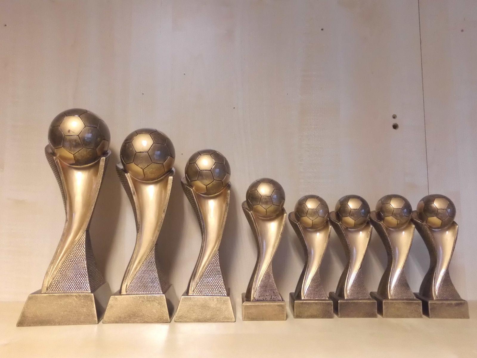 Fußball Pokale 8er Serie (17-30 cm) Kids Figuren Pokal Turnier Turnier Turnier mit Gravur (c156) bb1774