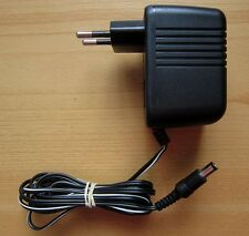 Swatch NETZTEIL TE-90400V Netzgerät AC/DC Adaptor 9 V Spannungswandler 3,6 VA