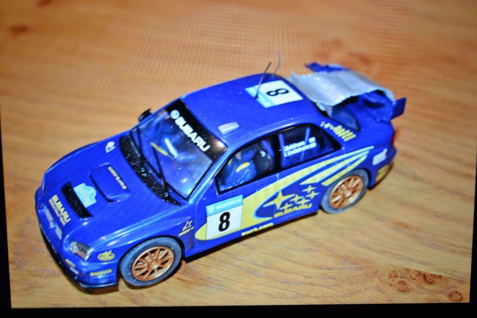 Scalextric - C2419 Subaru Impreza - Rally Car - bluee - No. 8 Makinen Lindstrom