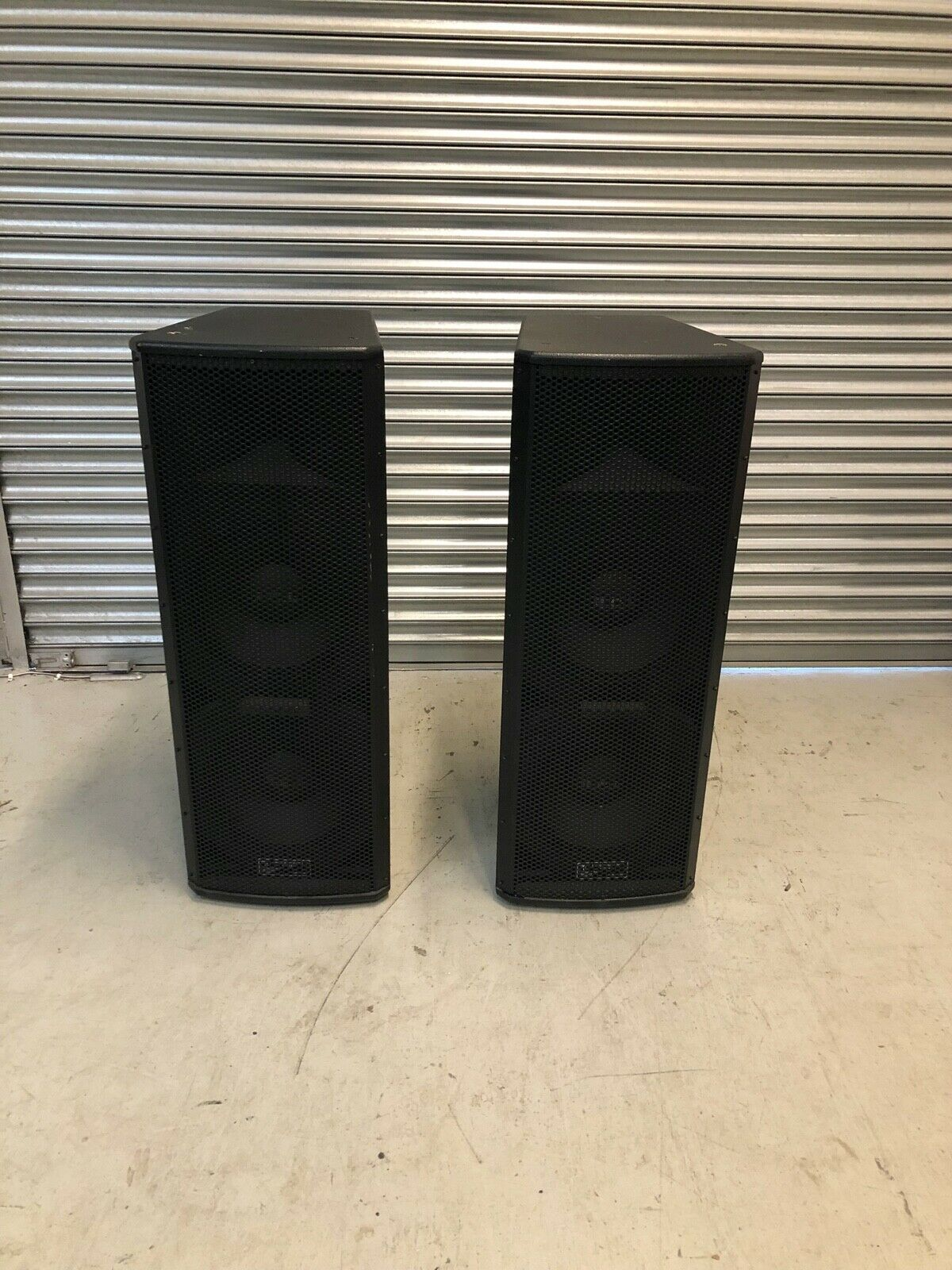 Pair of RCL Lax -1200 Speakers
