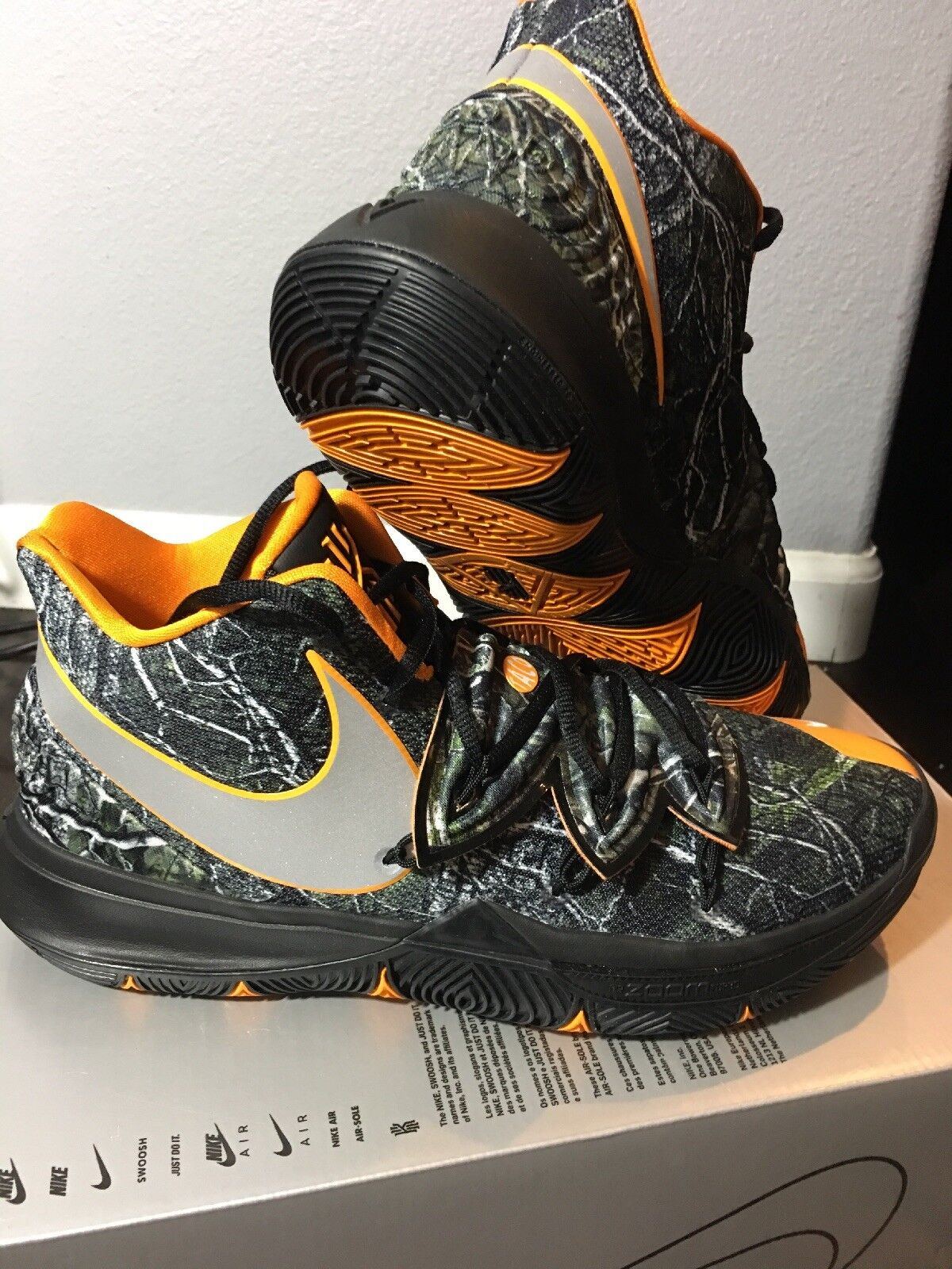 BRAND NEW Nike Kyrie 5 Taco PE Camo orange Black Men's Basketball shoes size 12