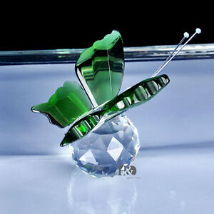 New-Crystal-Glass-Cut-Lovely-Green-Butterfly-Parked-Clear-Ball-Child-Gift-Decor
