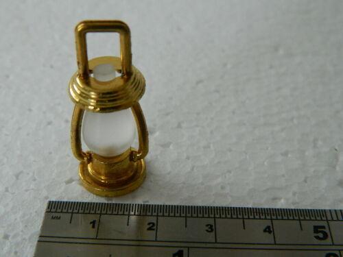 A3.1 1//12TH scala casa delle bambole Lanterna in metallo color oro non funzionante