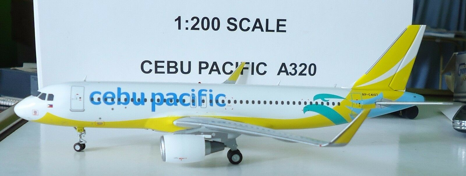 - 200 - 200 a320 cebu pacific airlines   rp-c4107