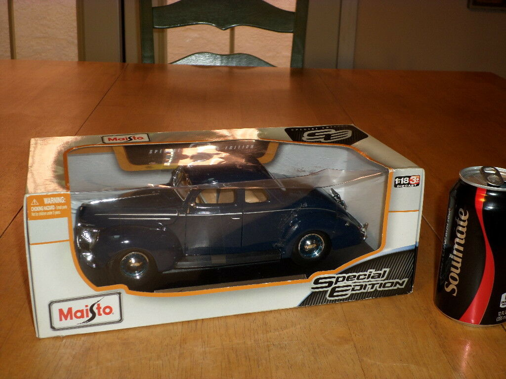 1939 FORD voiture deluxe, die cast metal FACTORY MADE maiso jouet voiture, échelle  1 18