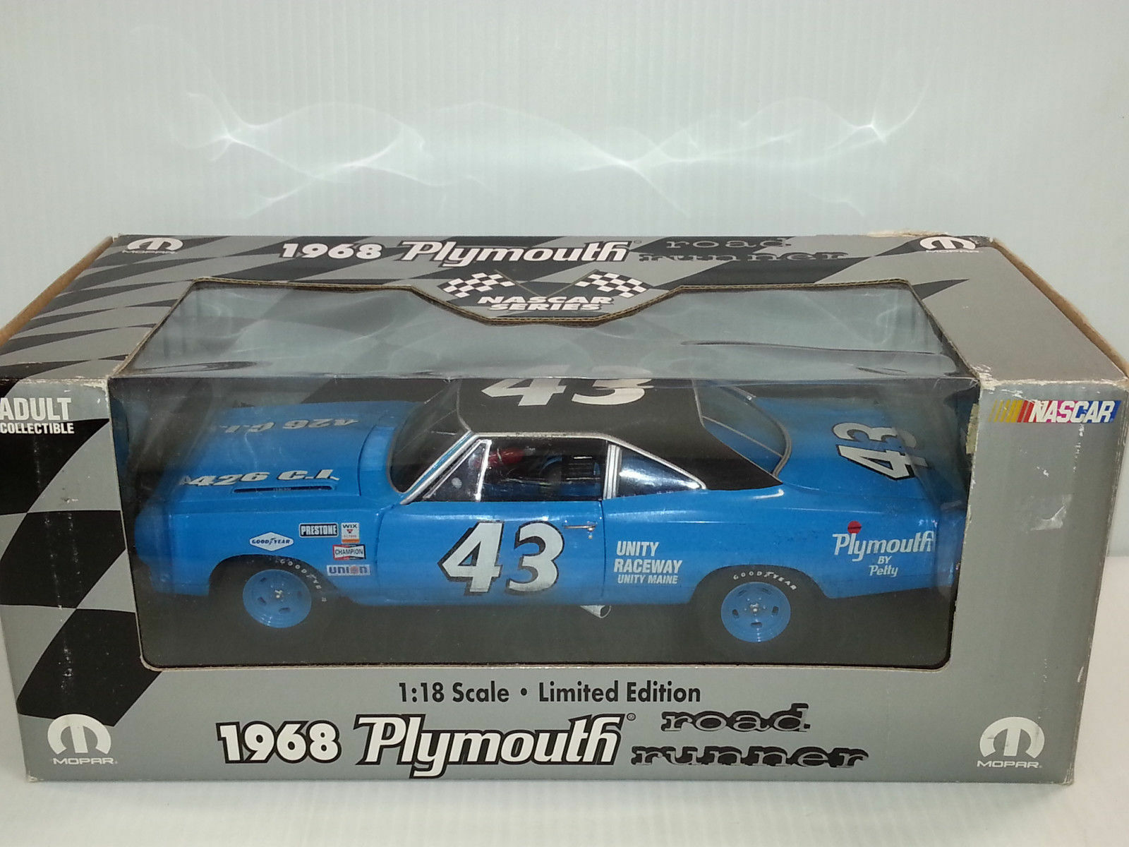 1 18 Ertl Limited Edition 1968 Plymouth Road Runner Richard Petty  43