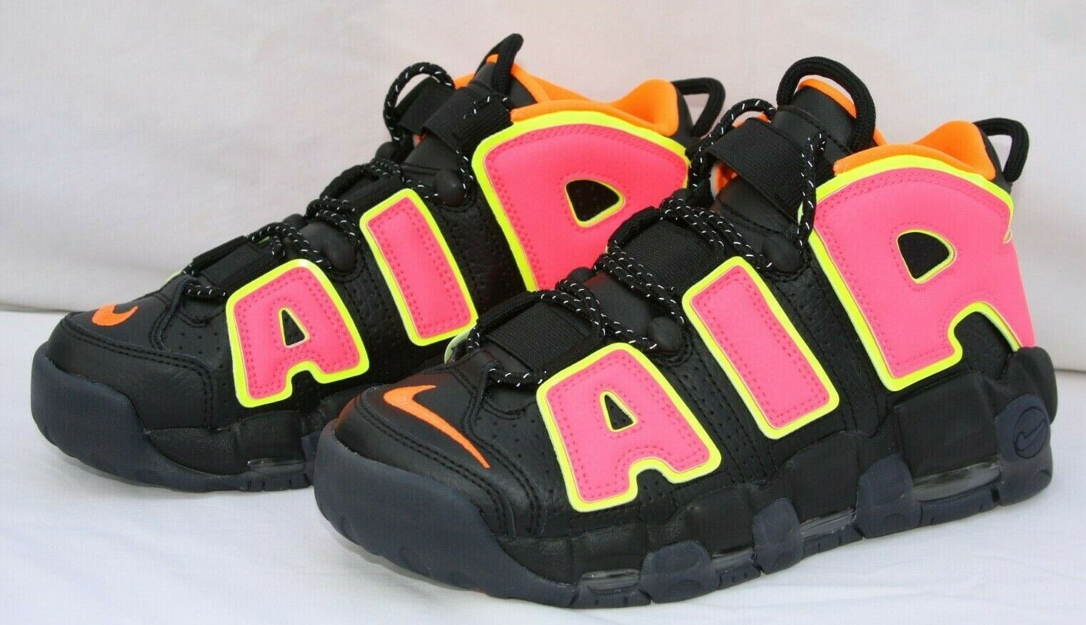 Nike Air More Uptempo Hot Punch Pippen Basketball shoes Women Sz 7.5 (917593-002)