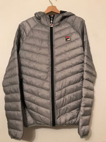 With Padded Bnwts Grey Sports Puffer Jacket M Hood Style Retro Fila In Sz qtR1r0t