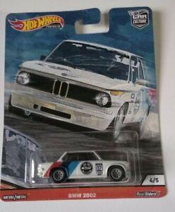 BMW-2002-Door-Slammers-Hot-Wheels-2020-Car-Culture-Real-Riders-4-5-Mattel