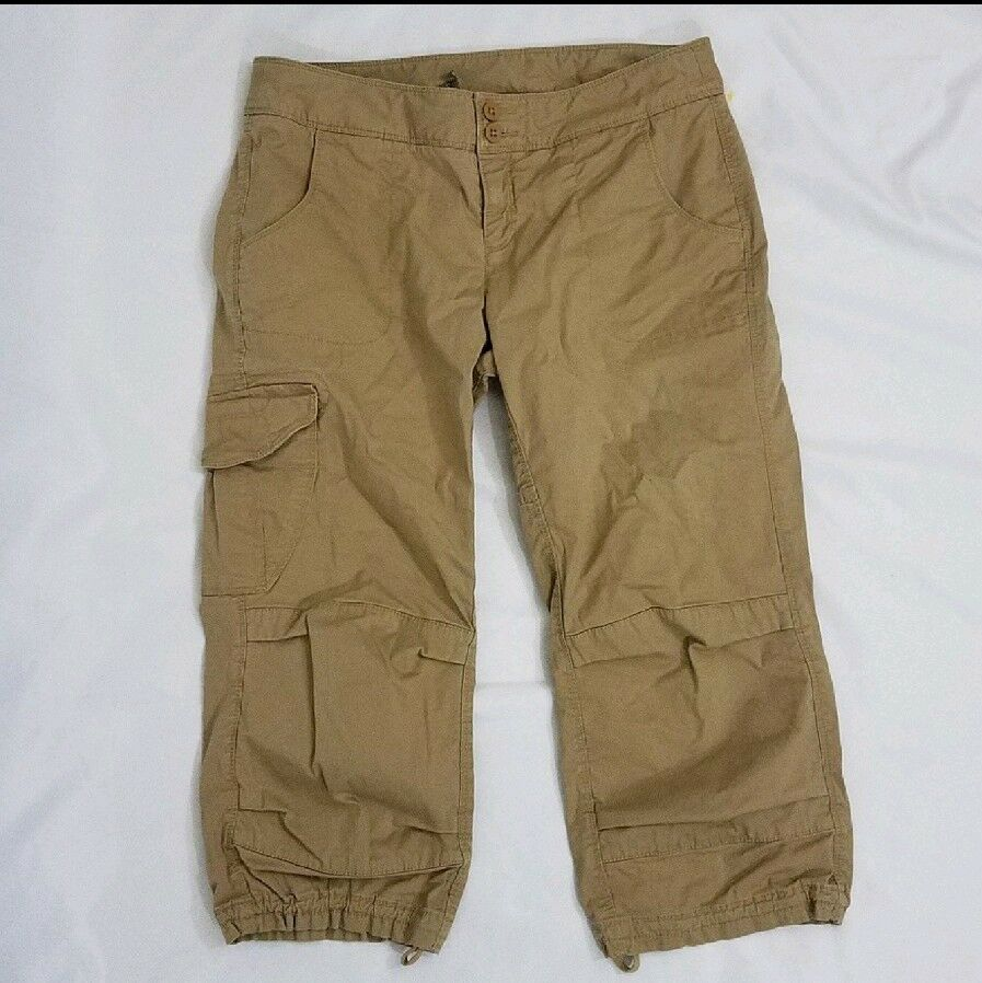 The North Face Womens Crop Khaki Pant Preowned 6