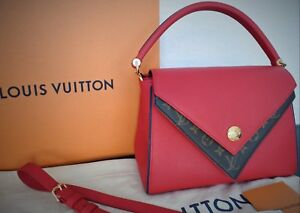 f49eb6f6fb Image is loading Louis-Vuitton-Double-V-Leather-and-Monogram-Canvas-