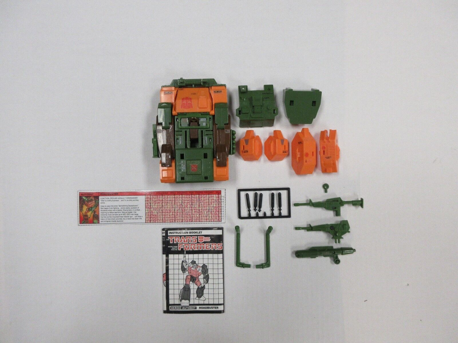 1985 G1 TRANSFORMERS ROADBUSTER NEAR COMPLETE COMPLETE COMPLETE ROBOT W  TECH SPECS INSTRUCTIONS 33e2b8