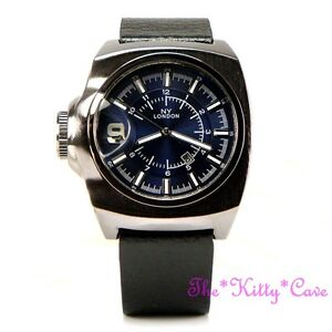 Retro-Square-Blue-Designer-Hematite-Pl-amp-Black-Leather-Chunky-Date-Display-Watch