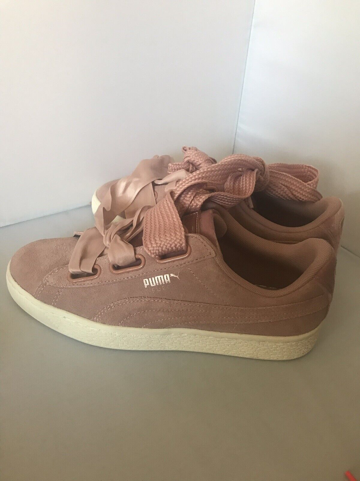 Puma Suede Heart Safari Womens Trainers Lace Up Pink pink gold Leather Size 9