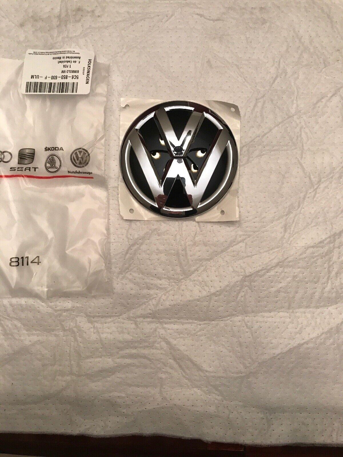 357853601B 041 VW Original Simbolo VW Negro