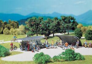FALLER-180584-Kit-2-parcheggi-per-biciclette-con-tettoia-Scala-H0