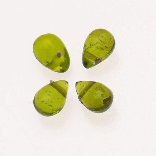 Perles en verre forme de grosses gouttes vert olive transparent x 4