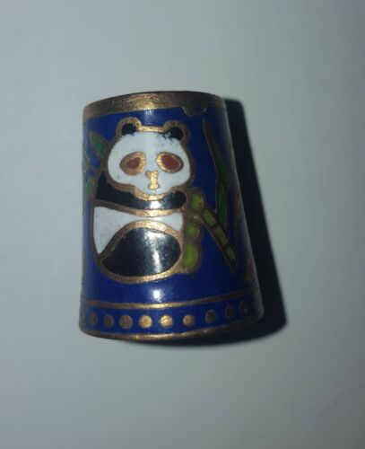 NEAR VINTAGE BRASS CLOISONNE THIMBLE MULTICOLORED PANDA BEARS IN BAMBOO EX COND.