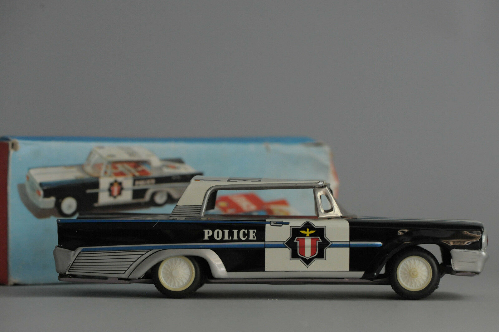 Antique De Estaño Juguete   Italia Italia Marchesini Bolonia Juguete Latta fresco en caja de policía