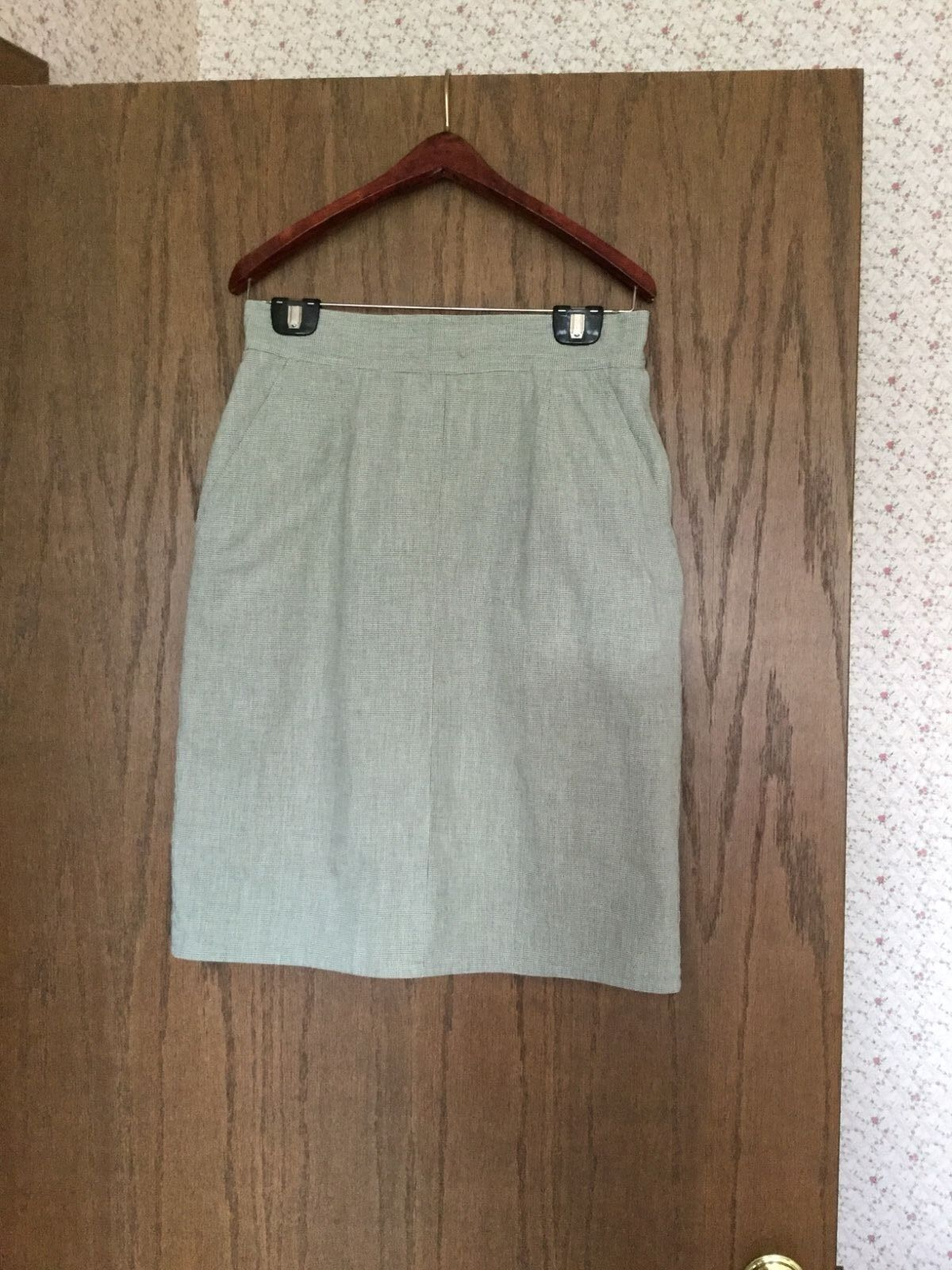 Women's Ann Taylor Khaki Green 100% Cotton Short Fully Lined Skirt Size 12