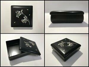 Japanese-Wooden-Storage-Box-Vintage-Lidded-Lacquer-Ware-Raden-Black-W450